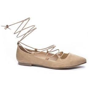 ENDLESS Lace-up Flats